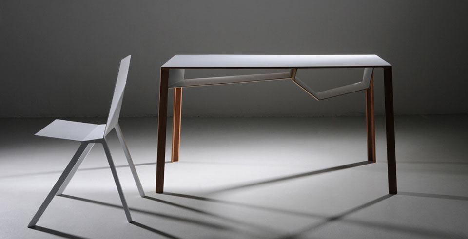 Bureau b011 chaise c03011 by Frédéric Richard