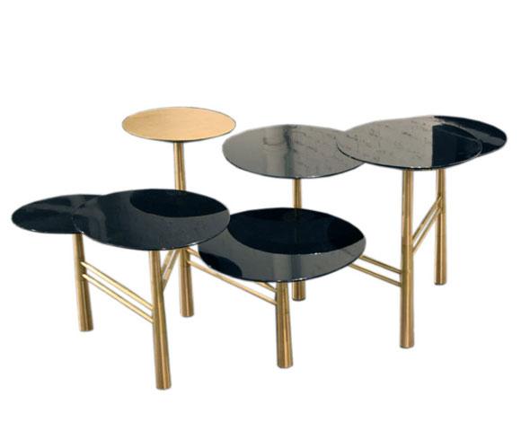 pebble-black-table